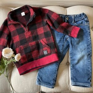 -{Baby Gap} Holiday sweater and jeans 3T